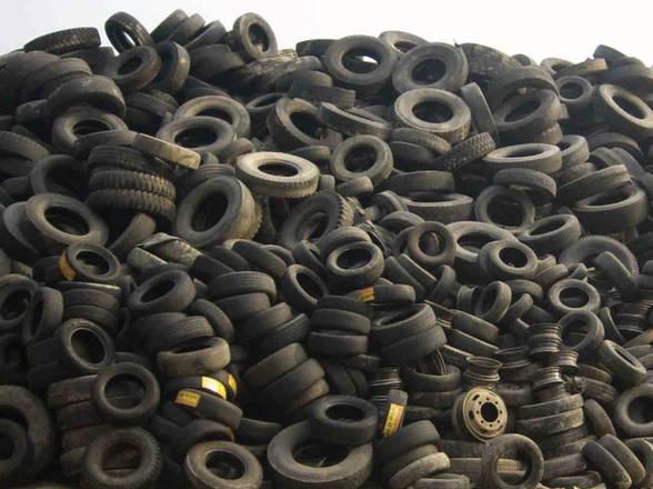 Tassa smaltimento PFU, il contributo ambientale sui Pneumatici Fuori Uso